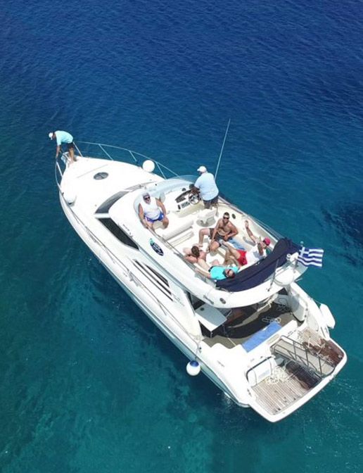 Boat tours in Mykonos with Dolphin Navigation - Motor yacht
